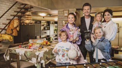 Davy Gilles voor het eerst met al zijn kinderen te zien in 'Groeten Uit'