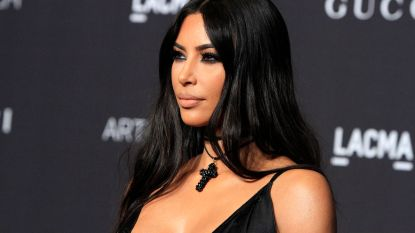 """Kim Kardashian reageert op kritiek na bosbranden: """"Ik weet heus wel dat niet iedereen zich mijn luxe kan permitteren"""""""