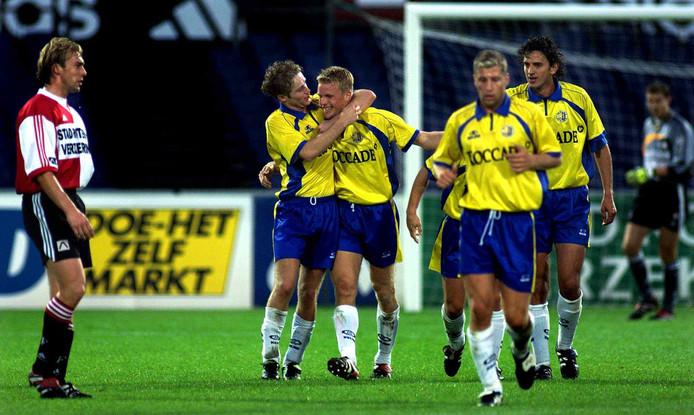 Yuri Cornelisse was in 1999 de gevierde man bij RKC in De Kuip. V.l.n.r. Paul Bosvelt, Tommy van der Leegte, Yuri Cornelisse, Rick Hoogendorp en Dejan Govedarica.