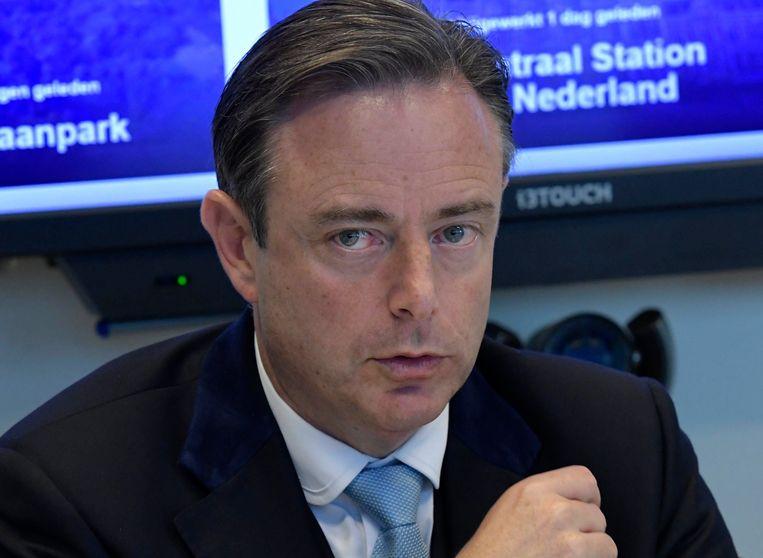 Na twee jaar samenwerking trekt burgemeester Bart De Wever (N-VA) de stekker uit het project.