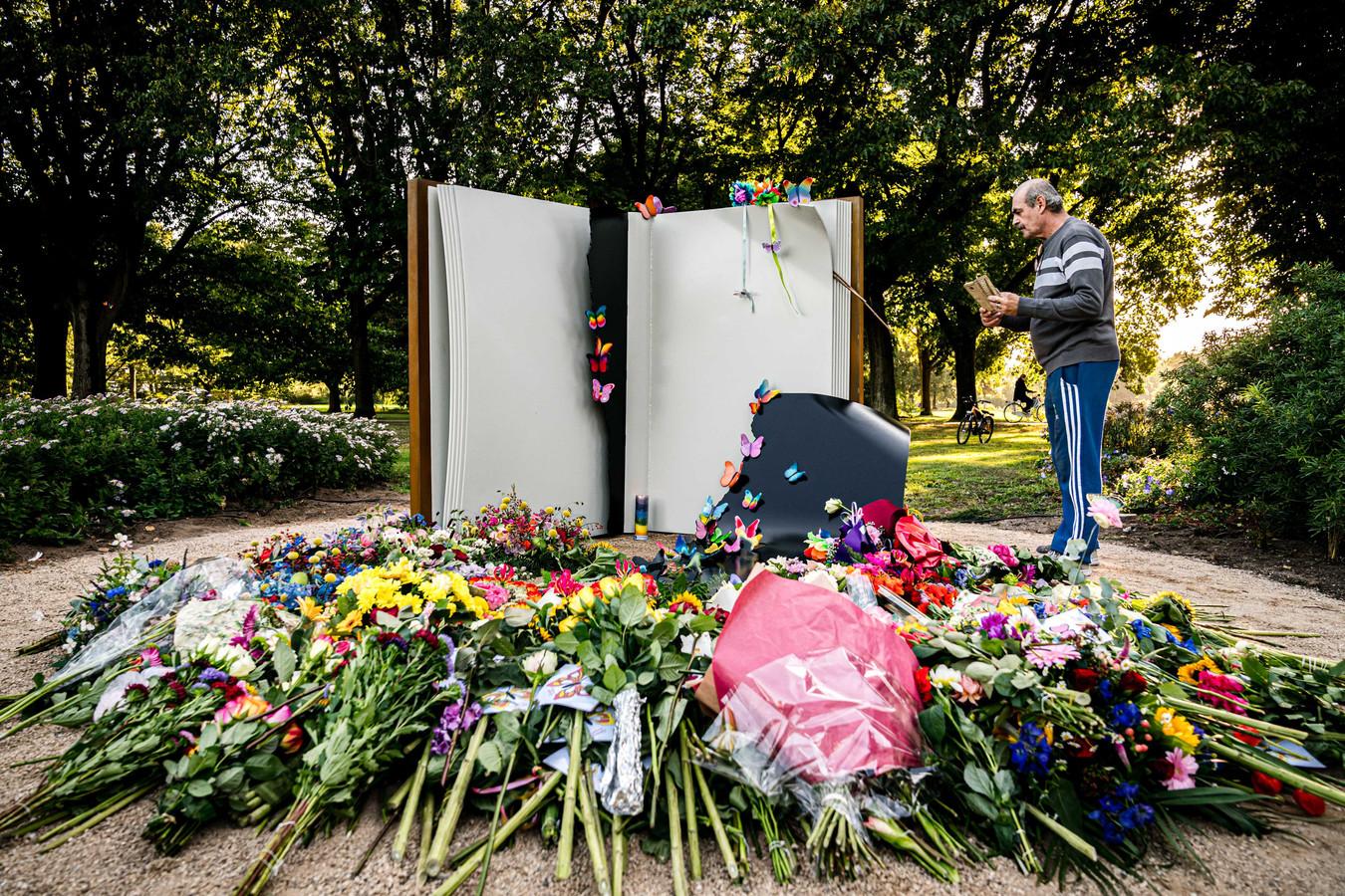 Het vorig jaar opgerichte herdenkingsmonument in Oss.