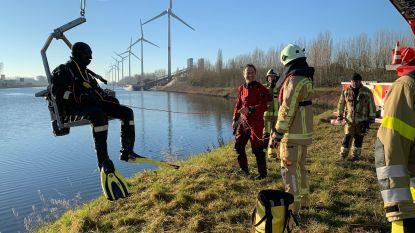 """Brandweer houdt grote duikoefening in Boudewijnkanaal: """"Helemaal anders dan in een zwembad"""""""