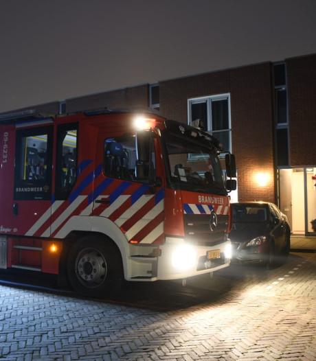 Brandweer bevrijdt kind uit bed in Woerden