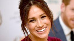 Royaltyfans verbaasd: geboorteakte van baby Archie onthult échte naam van Meghan Markle