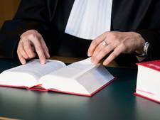 Drie jaar cel geëist tegen man die ouderen bedroog
