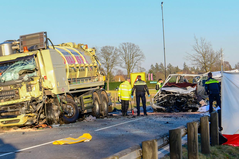 Bij een ongeval op de N270 bij Helmond kwamen in maart 2018 vijf mensen om het leven. Beeld