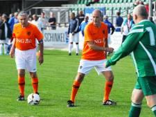 Laat hoogtepunt; eindelijk een potje voetbal tegen Sjaak Swart