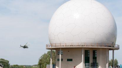 Defensie en hulpdiensten simuleren vliegtuigcrash in Semmerzake