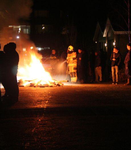 Brandweer rukt uit naar Ophemert voor vreugdevuur