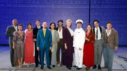 "'Titanic'-musical wordt plots té realistisch wanneer waterleiding breekt: ""Eerste drie rijen kletsnat"""