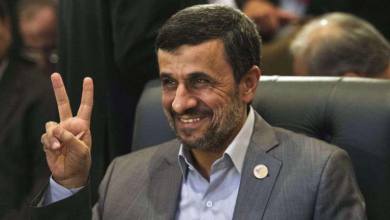 De Iraanse president Mahmoud Ahmadinejad op bezoek in Egypte. Beeld afp