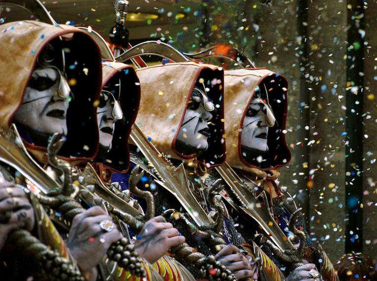 Op zondag wordt in een kleurrijke processie Joris de Morendoder geëerd. Beeld null