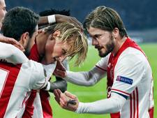 Ajax loot Schalke in kwartfinale Europa League