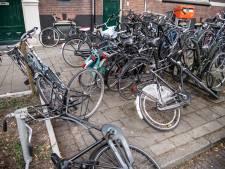 Pas op voor je roestbak; Nijmegen heeft nu speciale fietsbarrel-verwijder-regels