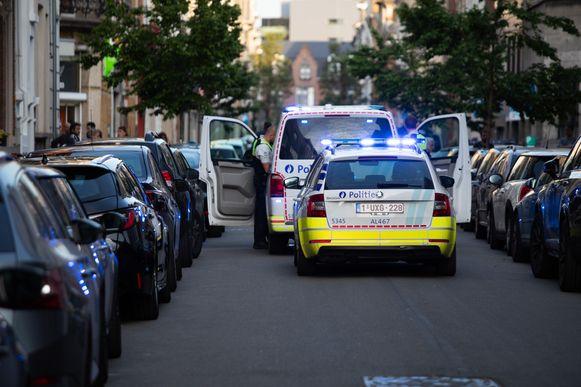 De politie is aanwezig op de Haantjeslei.