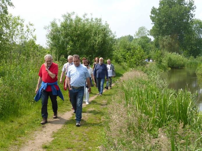 Wandelen met gidsen van IVN Veldhoven-Eindhoven-Vessem