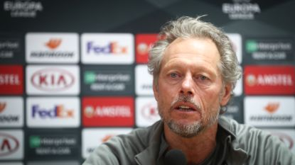 """Preud'homme kort maar krachtig op kritiek: """"Het zijn mensen uit de rand van het voetbal die kritiek leveren"""""""