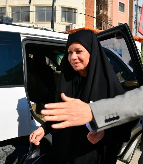 Oud-minister Hennis ook onder vuur in Irak