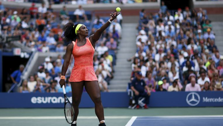 Serena Willams tijdens haar wedstrijd tegen de Amerikaanse Madison Keys op het U.S. Open tennistoernooi. Beeld reuters