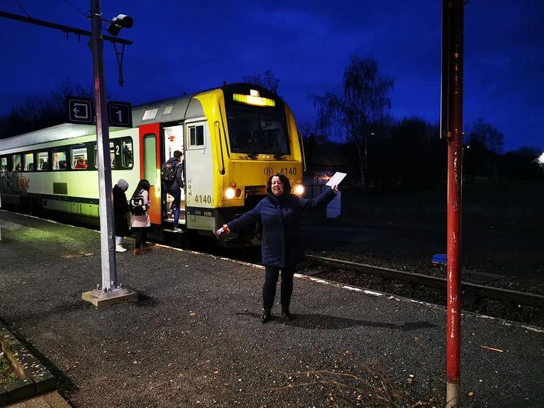Groen deelde vrijdagochtend kaartjes uit aan het station van Beverlo.
