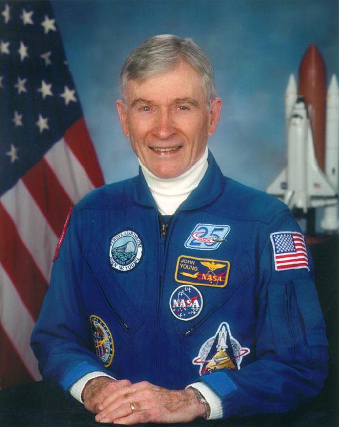 Astronaut John Young in 2009. Hij werkte ruim vier decennia voor NASA.