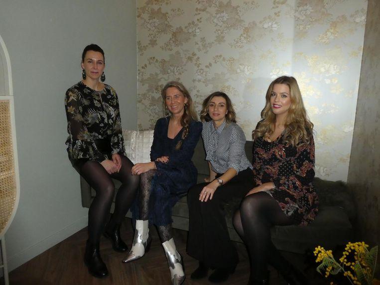 Team Babassu in de wachtruimte: Brenda Pouw, Sabine van der Vosse, Mirjana Velimir en Beau Cammelot Beeld Hans van der Beek