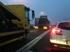 Herfstweer zorgt voor veel vertraging op snelwegen in Brabant