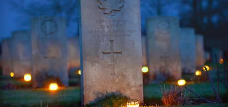 Weer lichtjesavond op Canadese begraafplaats