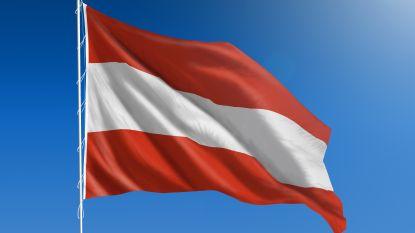 Oostenrijkse leden extreemrechtse partij onder vuur na privéreis naar Cambodja