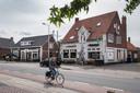 Cafe-zaal de Pub en 't Swaantje in de Sint Jansstraat in Ottersum.