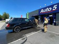 Brand aan Range Rover snel geblust