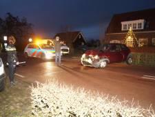 Botsing tussen twee auto's in Herpt