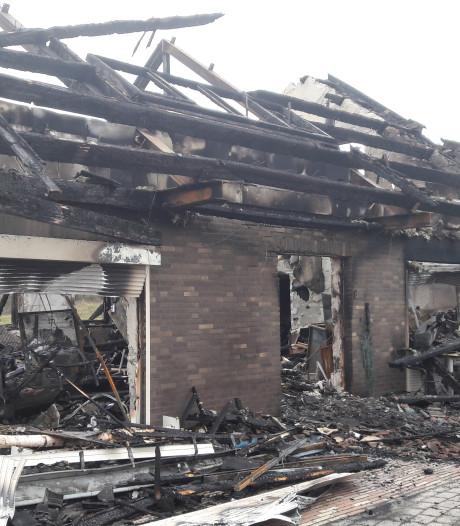 In twintig seconden is Robert Antas alles kwijt bij grote brand in Ooij