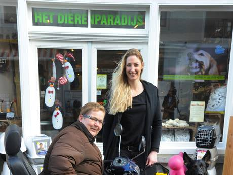 Middelburgse houdt tassendieven staande