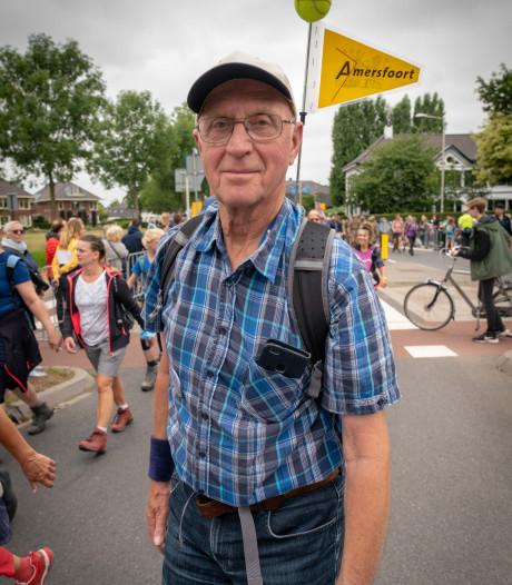 Amersfoorter Joop (78) geniet met volle teugen van de Vierdaagse: 'Carnaval is er niks bij'