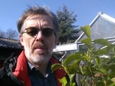 De tuin van Frank is eigenlijk geen tuin, maar een theeplantage