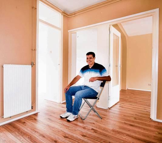 Houssam Mousa is dolblij met zijn huurwoning in IJmuiden.