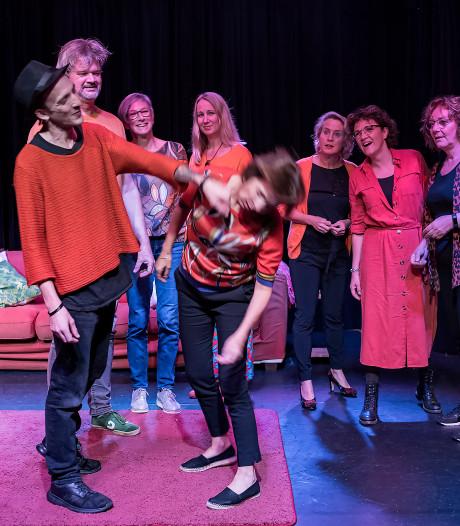 Het Josdom strijkt neer in Zierikzees theater De Verdieping