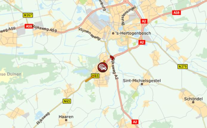 Van Tilburg naar Den Bosch is de A65 ter hoogte van Vught afgesloten.
