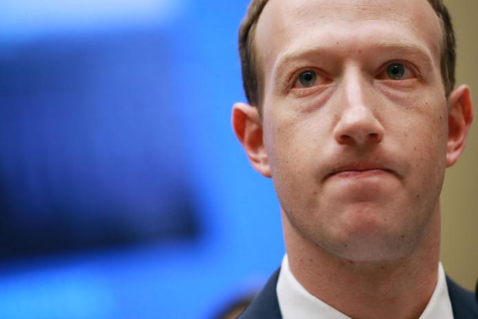 Facebook-topman Mark Zuckerberg moest getuigen tegenover de Amerikaanse Senaat na de ophef rond Cambridge Analytica.