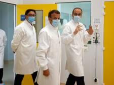 """La lenteur de la campagne de vaccination suscite la colère des élus en France: """"Un scandale d'État"""""""