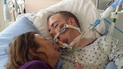 """""""Hij maakte één fout"""": moeder deelt hartverscheurende foto met stervende zoon"""
