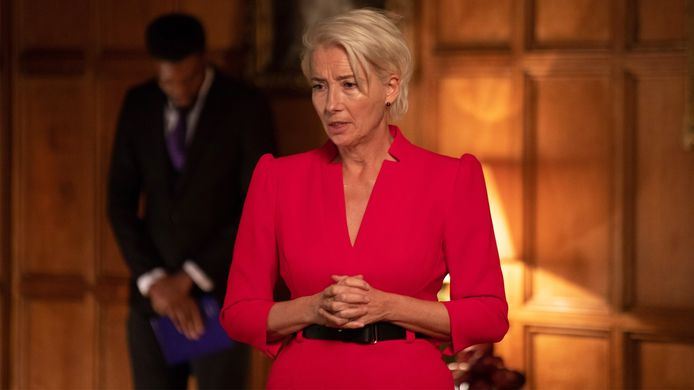 Emma Thompson in de dramaserie Years and Years.