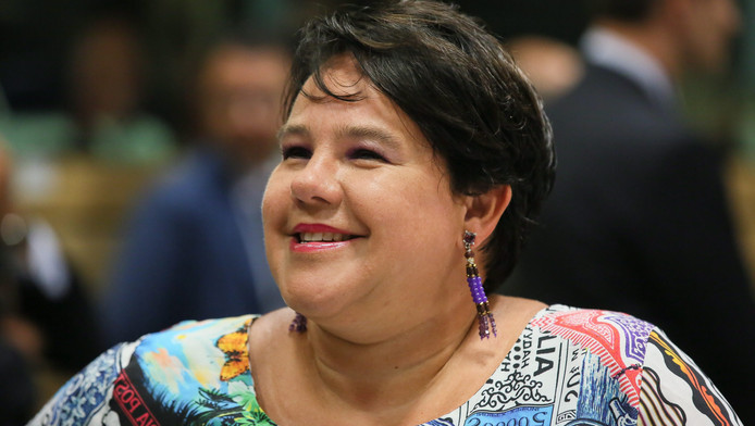 De VVD wil dat staatssecretaris Sharon Dijksma (Economische Zaken) gaat overleggen met de sectoren die getroffen worden.