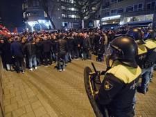 Politie toont foto's van zes Turkse relschoppers