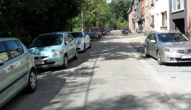 De wegen- en rioleringswerken starten binnenkort aan de Kalendijk .