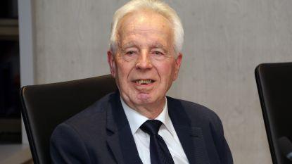 Octaaf Janssens in stijl uitgewuifd na 48 jaar lokale politiek