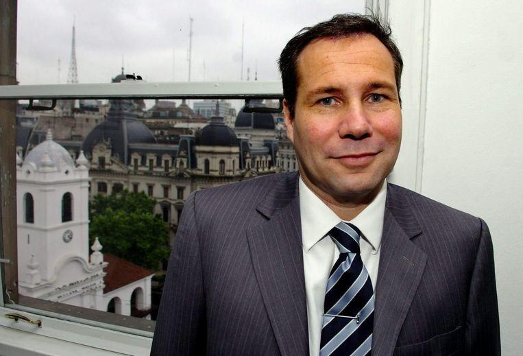 De onder raadselachtige omstandigheden overleden Argentijnse aanklager Alberto Nisman overwoog een arrestatiebevel uit te vaardigen tegen de president van het land, Cristina Fernandez de Kirchner.
