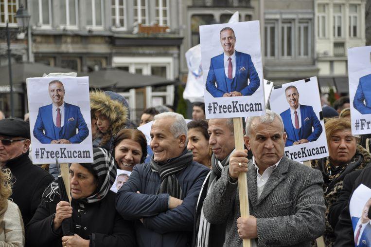 Honderden sympathisanten hielden deze zomer al een steunactie voor Melikan Kucam in Mechelen.