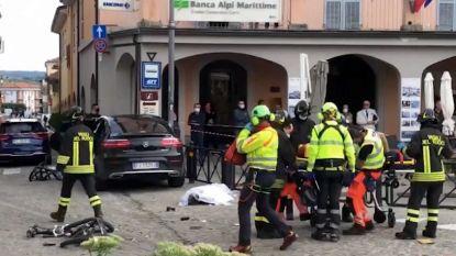 SUV rijdt in op toeristen in Italië: één dode, Belg (60) raakt gewond